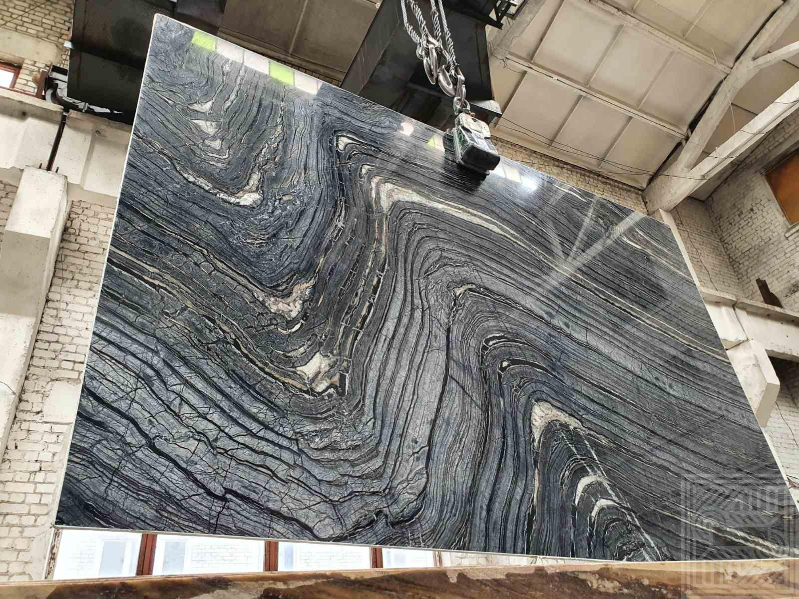 Black Wood (20 mm) colored-marble - Silver Wave avgust 2020 1