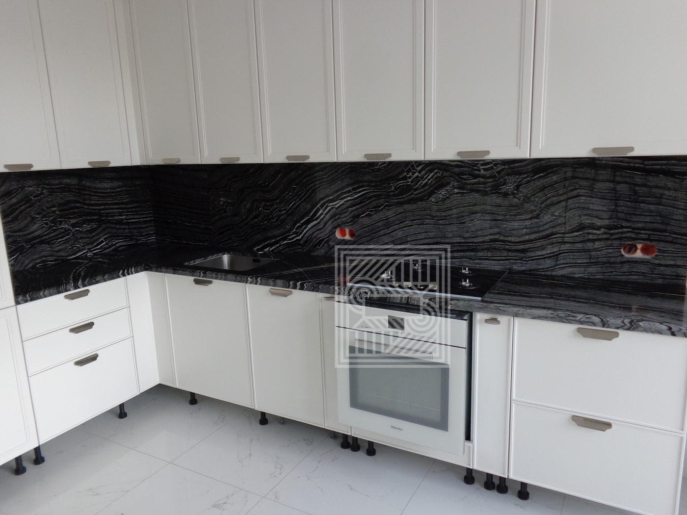 Кухонная столешница и фартук из мрамора Black Wood worktop-marble - Stoleshnitsa Black Wood