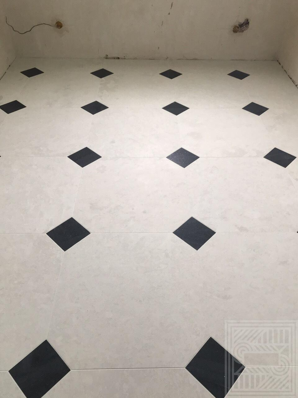 Пол из мрамора Botticino  и гранита Cambrian Black floor-marble - IMG 6435