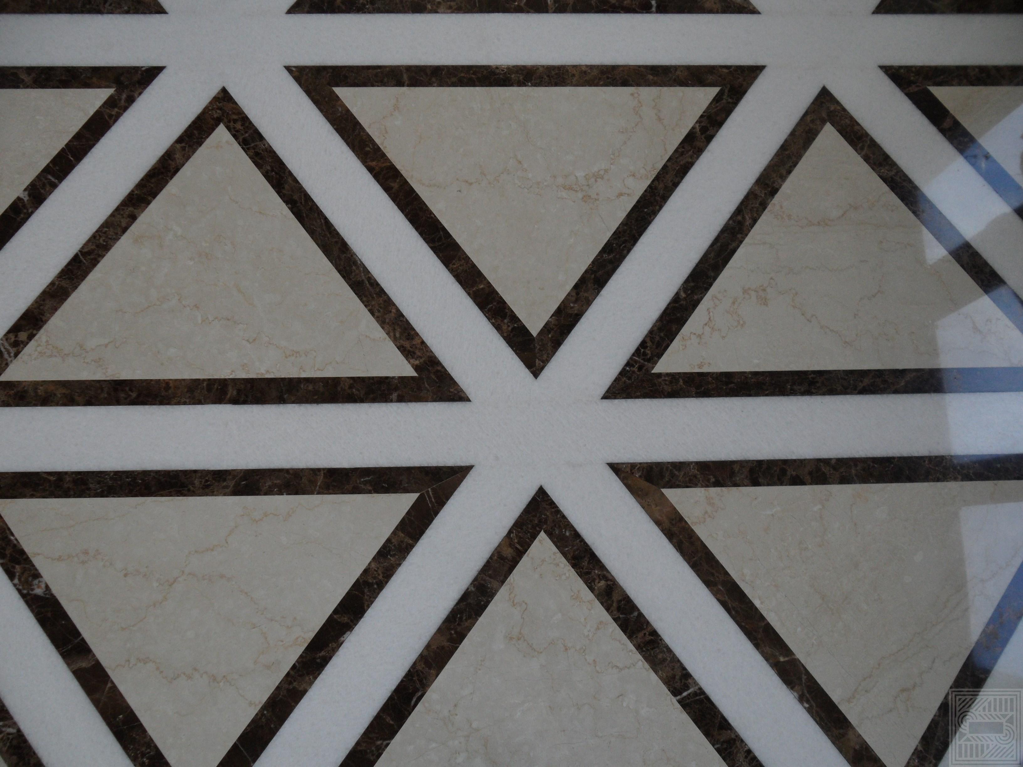 Пол из мрамора Emperador Brown, Botticino Classico и Bianco Nave 20 мм floor-marble - Inkrustatsiya pola mramorom Emperador Brown Botticino Classico Bianco Nave 20 mm 2