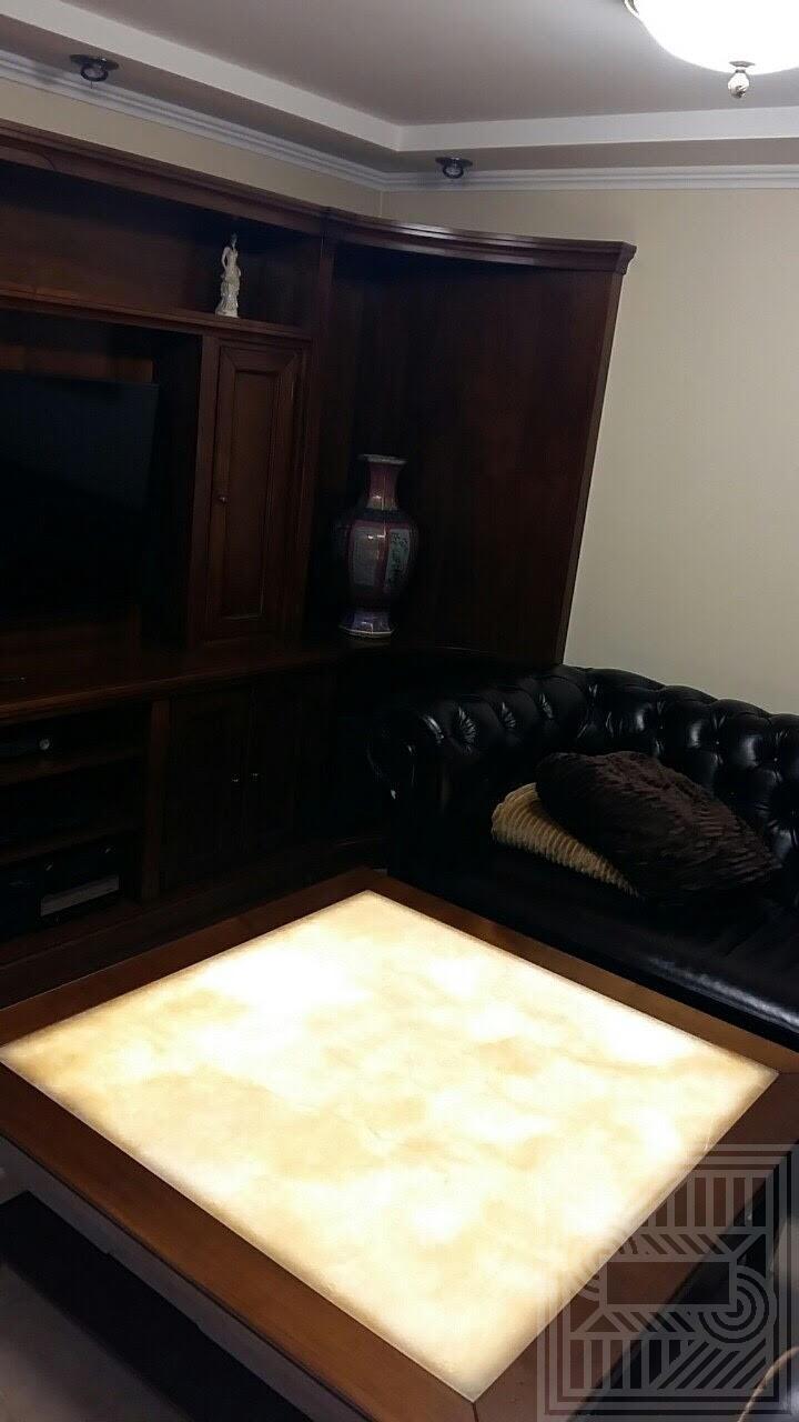 Столик из Onice Miele с подсветкой desk, furniture - unnamed 1