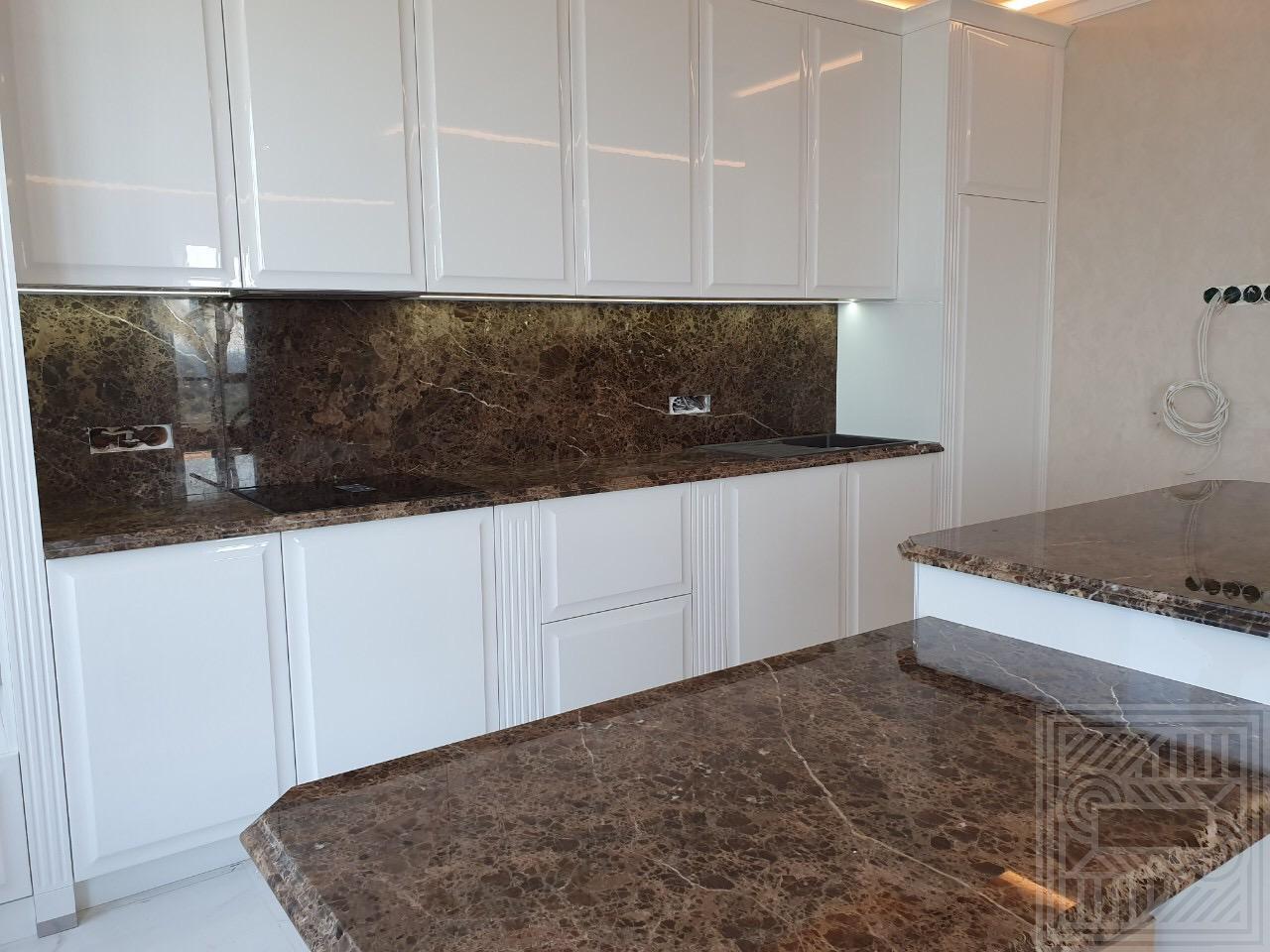 Кухонный комплекс из мрамора Emperador Brown 40 мм desk, worktop-marble, walls, furniture - 1