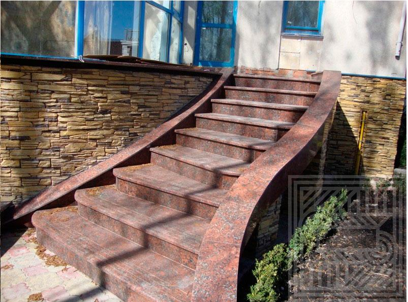 Лестница из Капустянского гранита stair-granite - LARGE 27