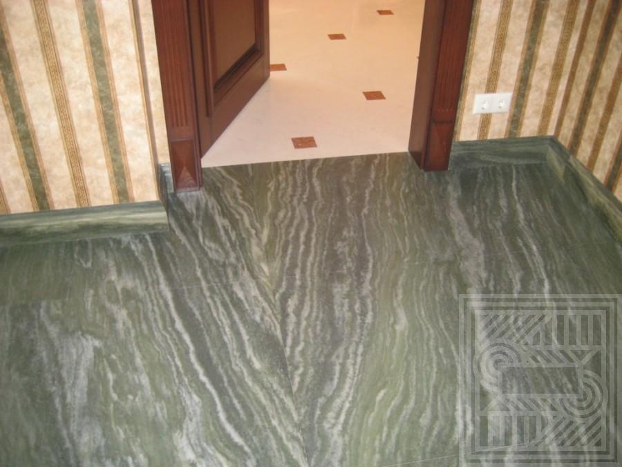 Пол из гранита Verde с плинтсум floor-granite - LARGE 41