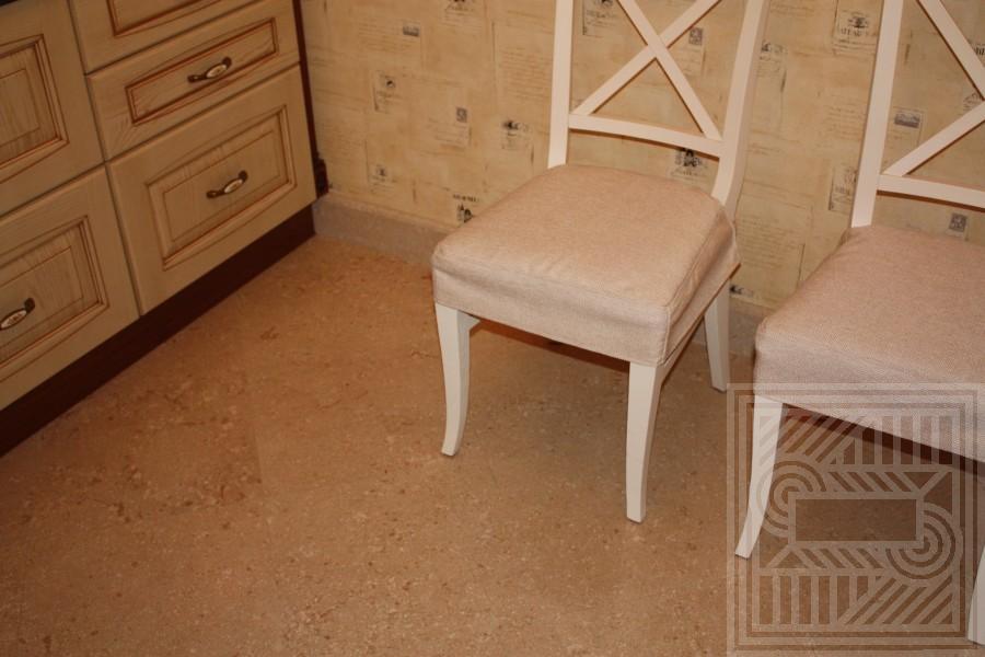 Пол из мрамора Oriental Cream в обработке Antique floor-marble - LARGE 18