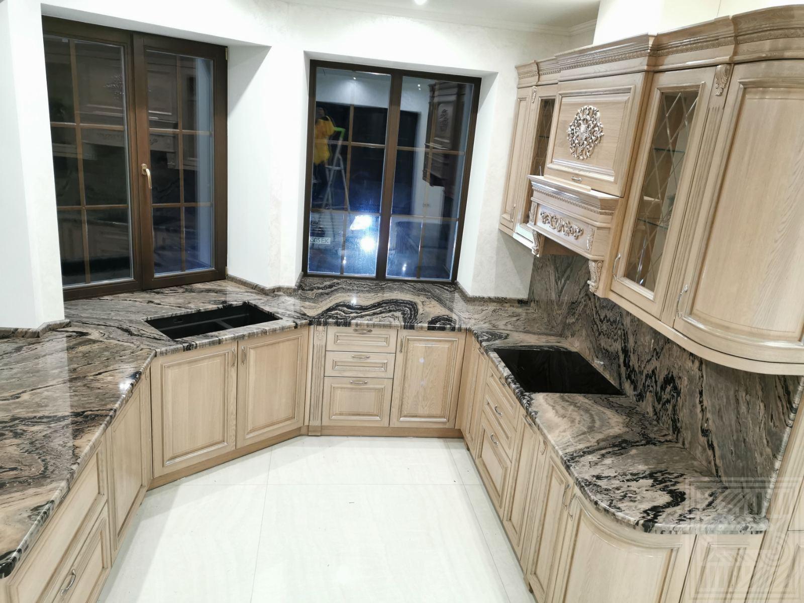 Кухонная столешница и фартук из мрамора Mercury Brown 20 mm worktop-marble - IMG 7f4b0e8bfa4ed5c0b7d70e88220cf2a6 V