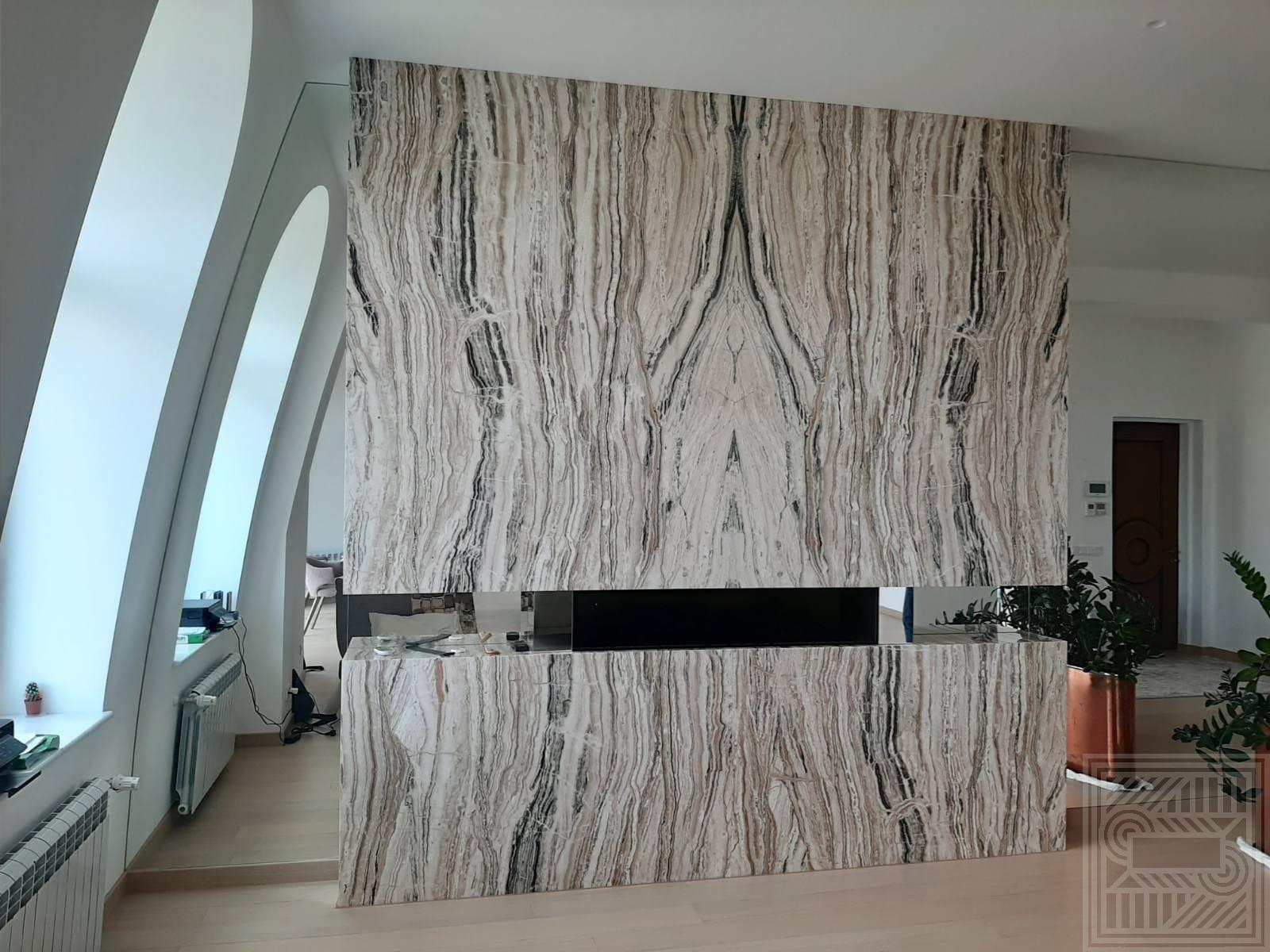 Камин облицован ониксом Jurassico fireplace-onyx - IMG 20200731 223238 222
