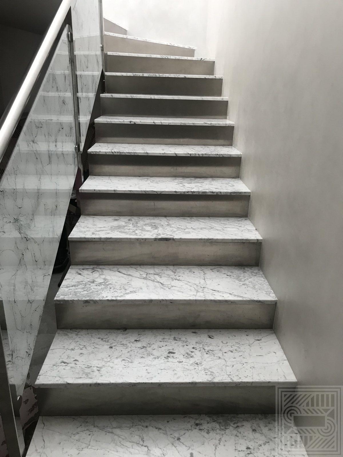 Лестница из мрамора Bianco Carrara stair-marble - Stupeni iz mramora Bianco Carrara2