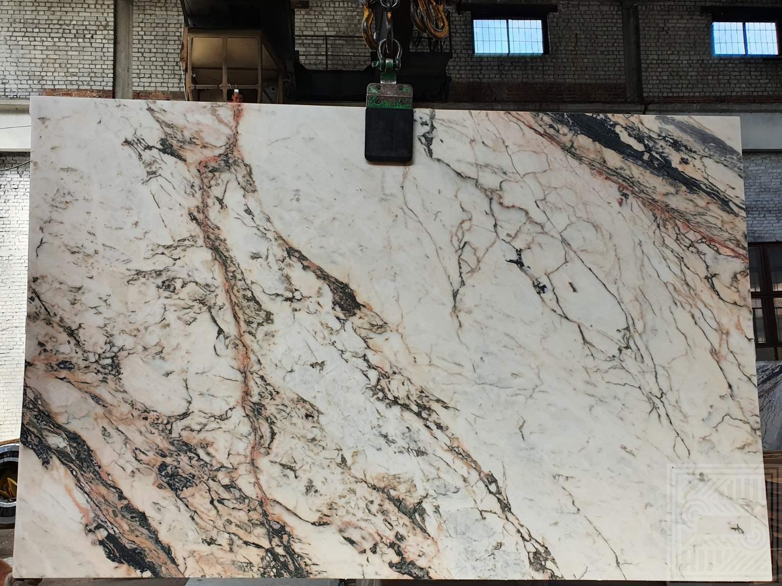 Calacatta Retro (20 MM) beige-marble - IMG 5a5a029f3184cc81cc16c9e84c640b92 V
